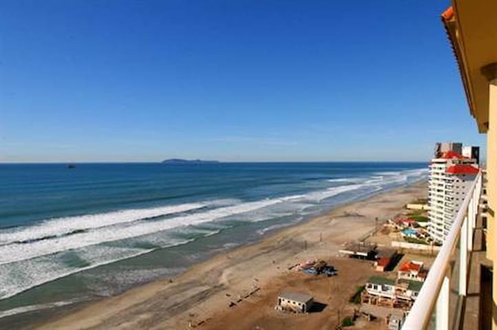 2 bedroom luxury beachfront condo in Rosarito, MX