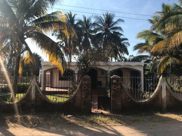 Bellisima Casa de Playa En Lo de Marcos Nayarit