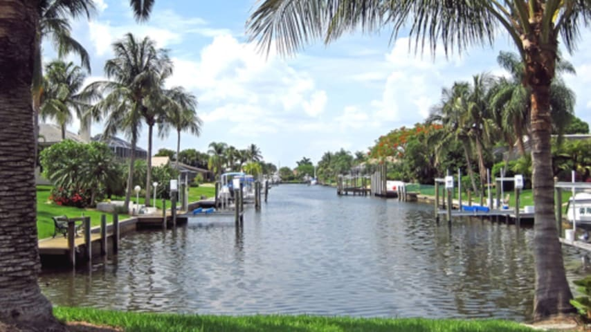 Large room on the water immersed in paradise - Fort Lauderdale - Dům