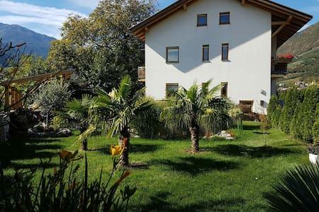 Wohnung im Herzen der Alpen - Castelbello - Haus