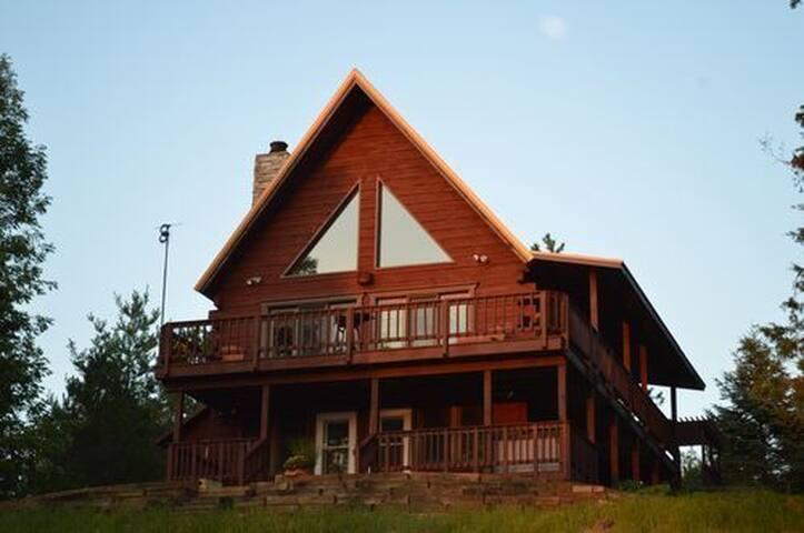 RIVERVIEW CABIN -- Grandview Motel, LLC