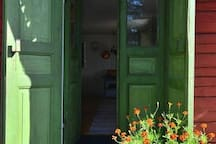 The entrace door in the summer.