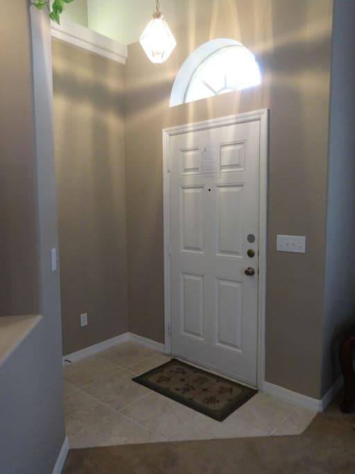 Floor, Flooring, Lamp, Indoors, Room