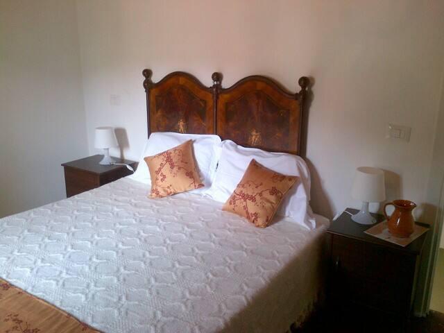camera con vista in centro storico - Santu Lussurgiu - บ้าน