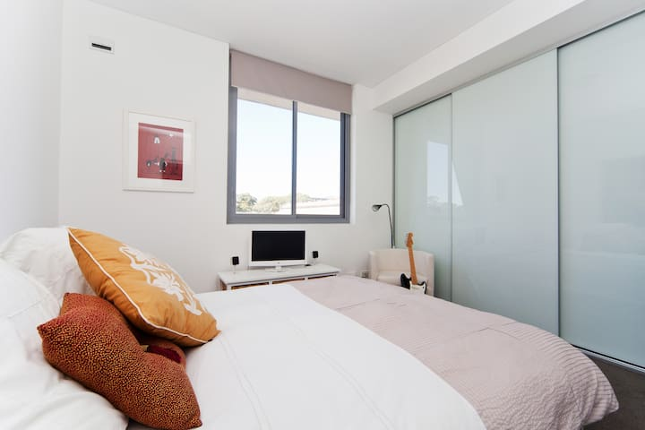 Inner City 1 bedroom apartment - Rosebery
