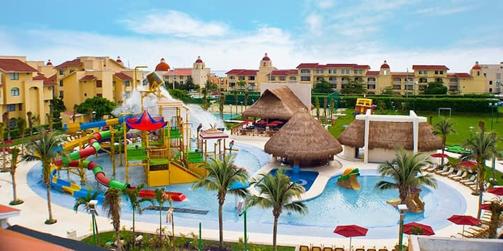 All-Inclusive Water World of Wonder