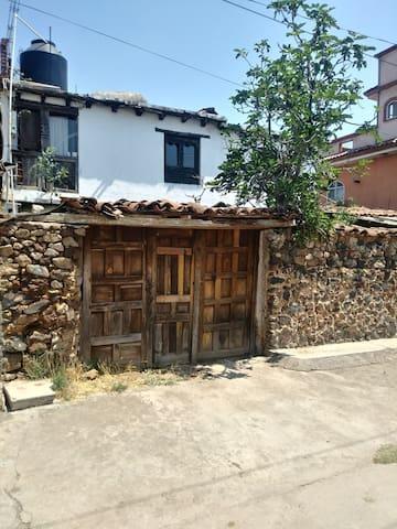 Josefinita A 20 min de Patzcuaro. Habit Nana Kutsï