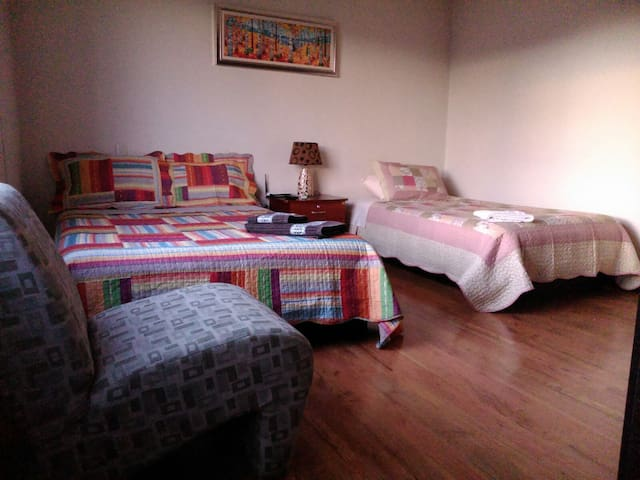Furnished suite for rent on Cuenca. - Cuenca - Apartment