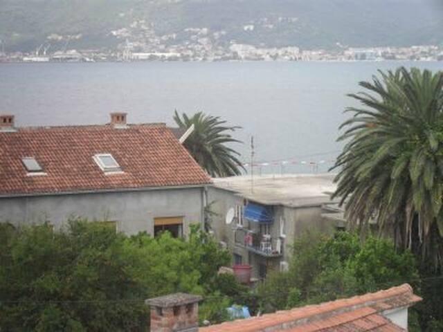 Great view from a Charming Villa II - Donja Lastva - Villa