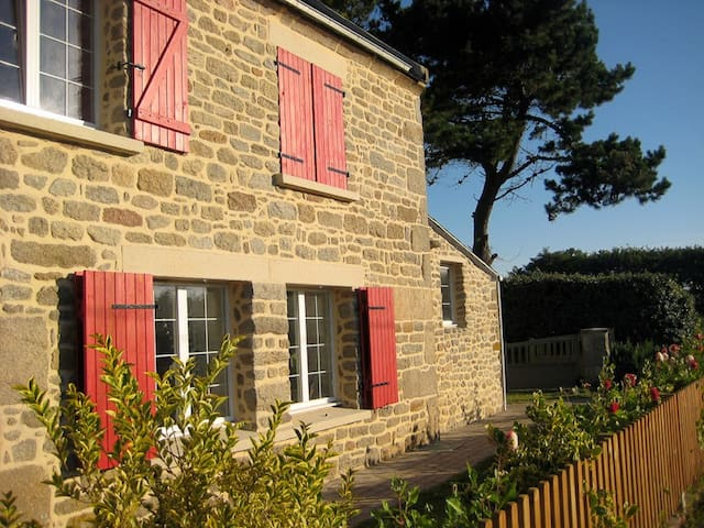 Stone House in Plouguerneau