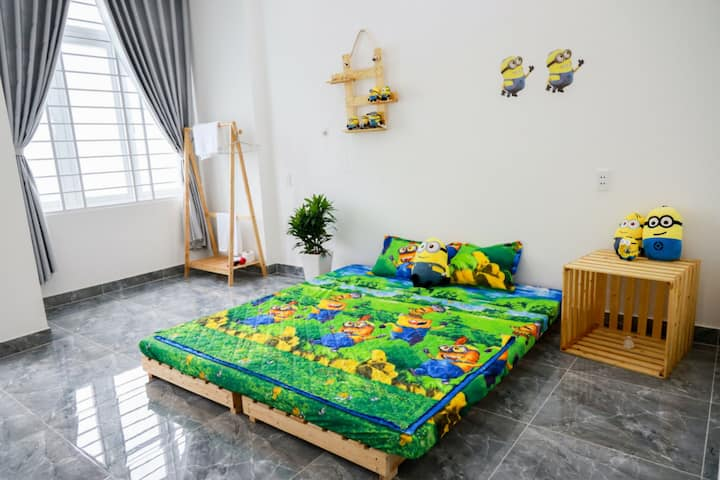 Parocai Minion Room