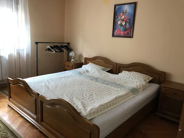 Cosy apartment in Cisnadie, Sibiu only 10 min away