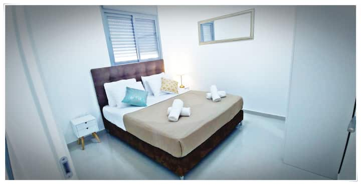 ★CORAL SUITE★ 2 bedrooms 1 living room in center