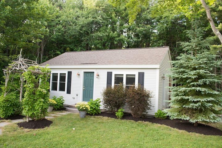 "Cozy 2+BR Cabin by Sea - ""Land Ho"" - Kennebunk - Cabaña"