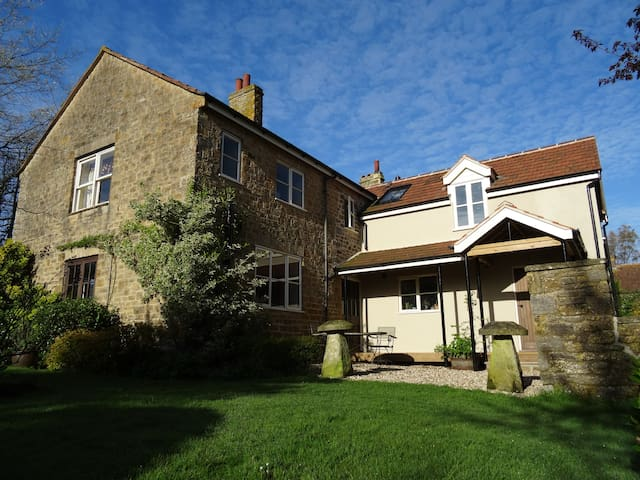 Taddle Farmhouse Bed & Breakfast in West Dorset