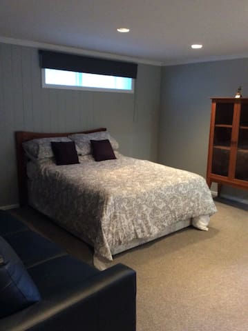 2 Large Bedrooms in good area