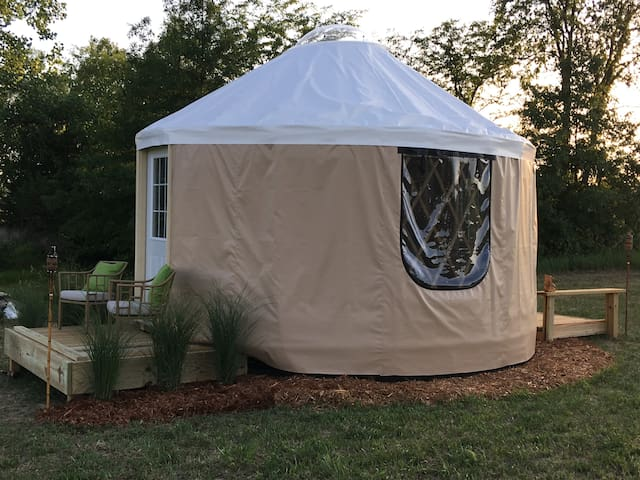 Big Bear Yurt - Hawley Farm Glamping
