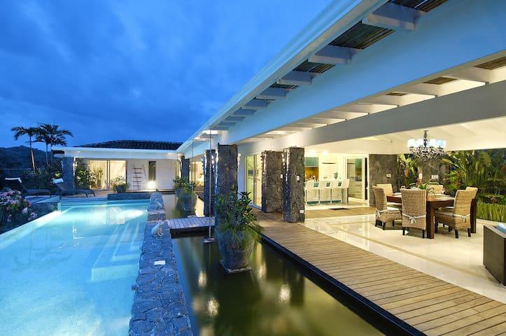 Luxury Pinacle Tropical , Tamarindo, Villa Nacara. - タマリンド - 別荘