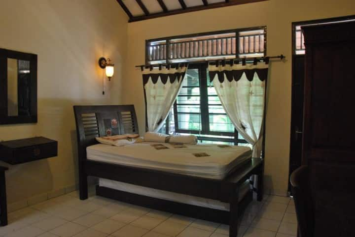 ICRS Guesthouse room with Javanese design