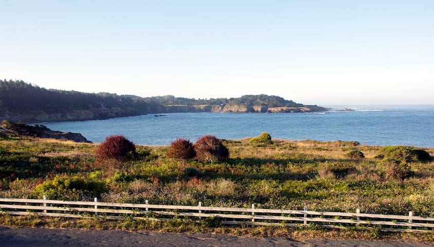 Amazing Ocean Views in Mendocino