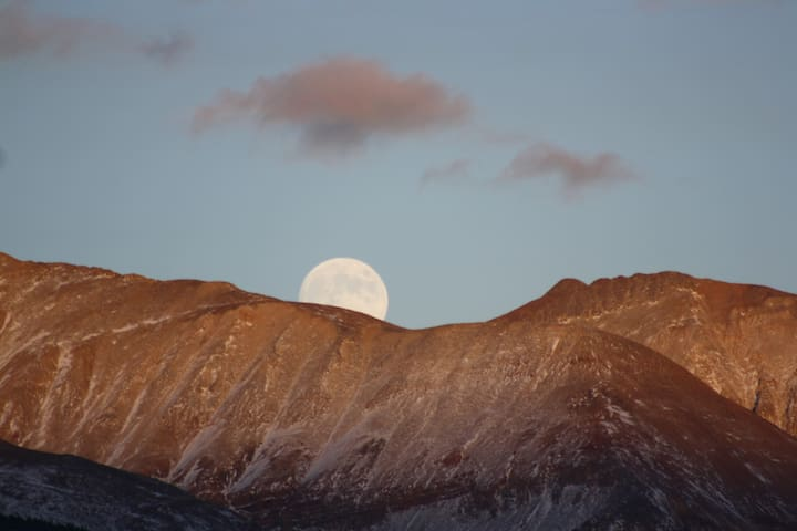 Moon over Dyer Mt. and Gemini Peak from east window.