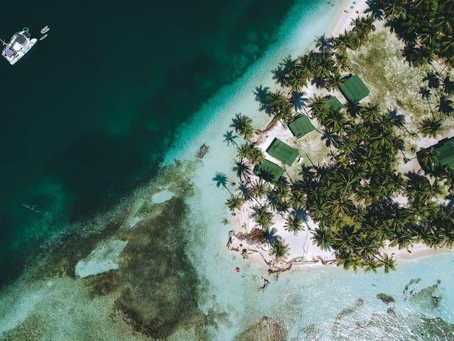 "San Blas ""Ogob Nega"" Cabin on Chichime Island #1"