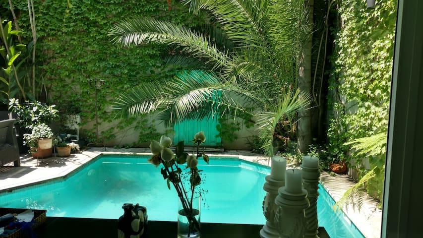 Esplendida casa moderna con piscina - Olivos - Rumah