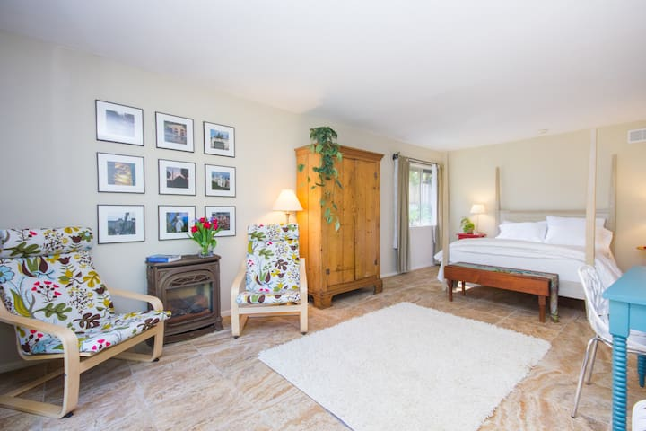 Studio-Perfectly located retreat - Goleta - Maison