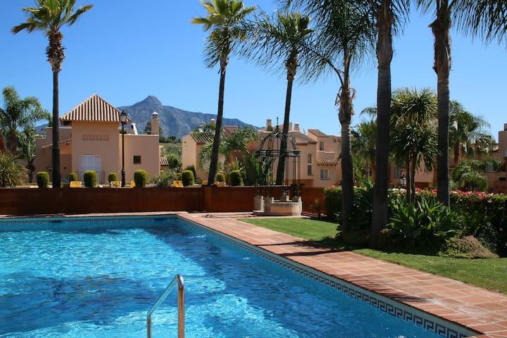 STUNNING VILLA MARBELLA & POOL 25M - Marbella - Haus
