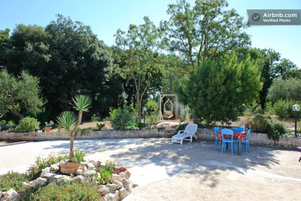 Garden in front of Trullo