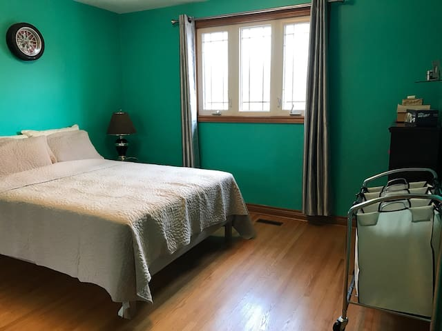 Tidy one single room in North York