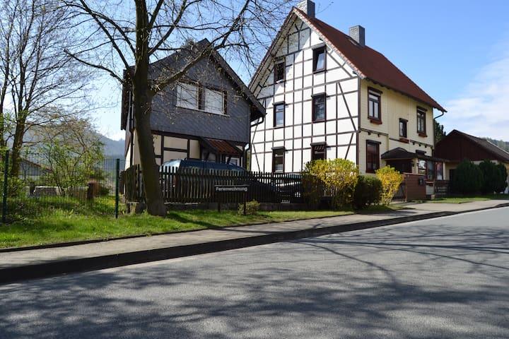 """Ferienhaus """"Heidi"""" im Harz"""