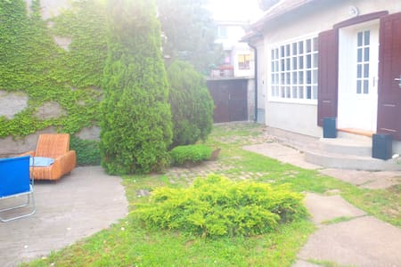 a place to stay for travelers! - Pančevo - Bed & Breakfast