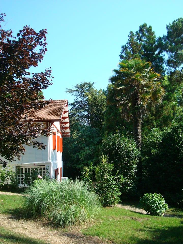 Biarritz océan RDC villa jardin