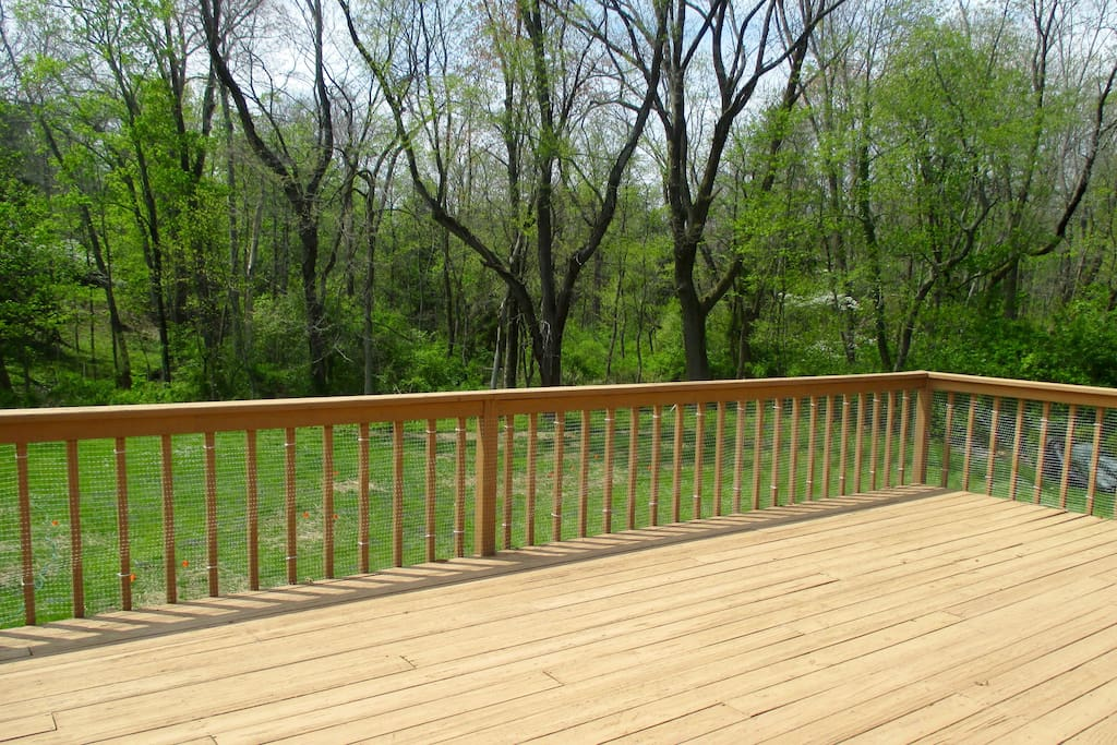 Large Deck with Grill