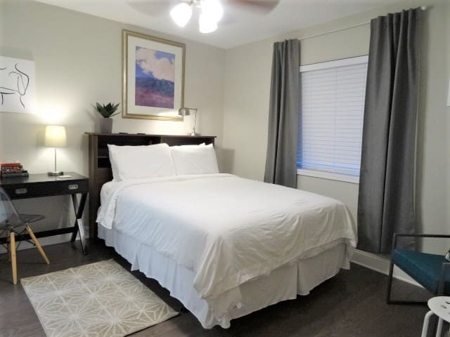 UAB APT NEWLY renovated 5 min WALK to Dinning+More