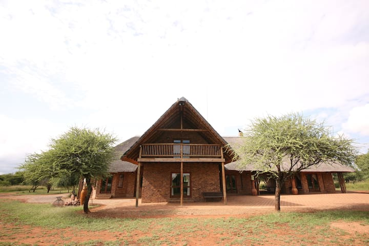 Makhato 109 situated in the Sondela Nature Reserve