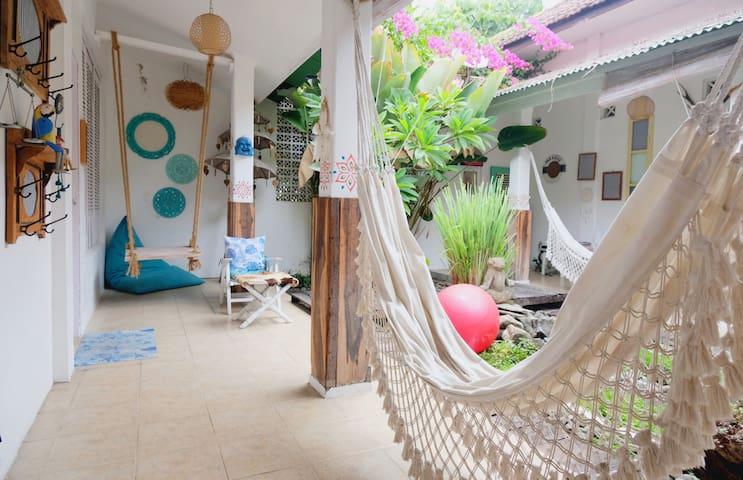 Lovely Garden Room, 10 Min to Malioboro Street