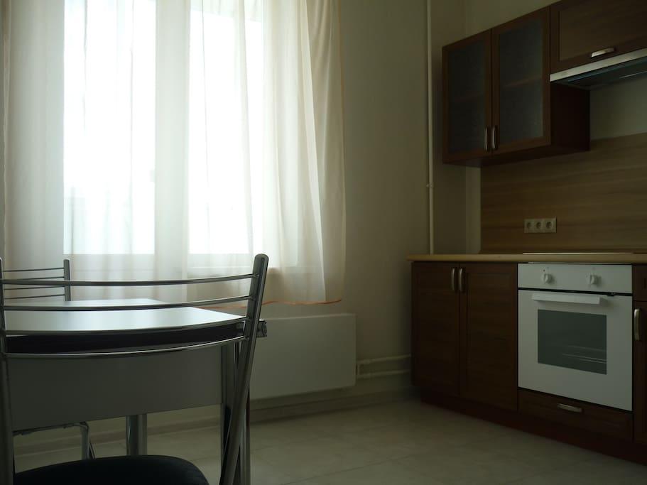 Кухонная мебель, для комфортного пребывания двоих гостей