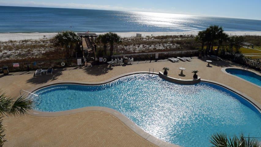 2BR Gulf Front Luxury!New Decor!Sleeps 7-8!2 Pools