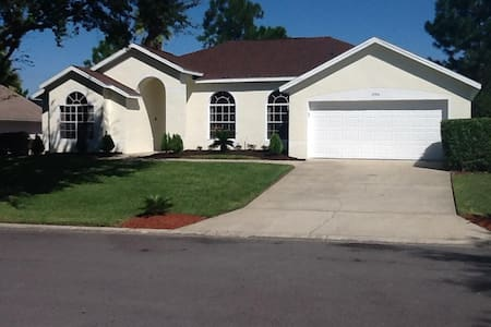 Very Comfortable Villa Close by Disney Theme Parks - Haines City