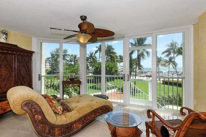 Oceanfront comfort and sophistication at its finest at Ocean Harbour, Marina, Heated Pool, Beach