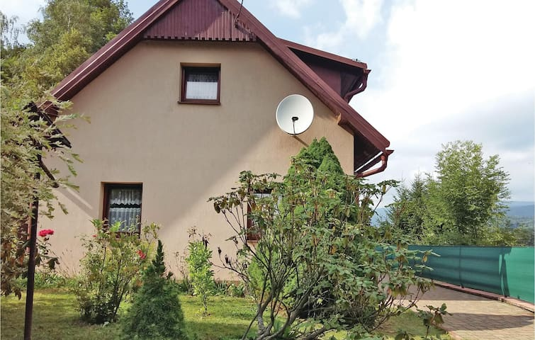 Holiday cottage with 2 bedrooms on 100 m² in Dolni Lanov