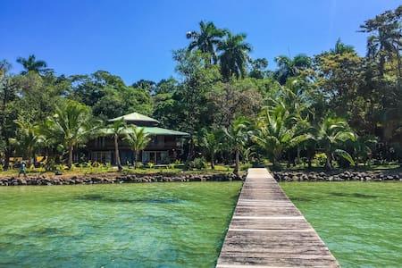 Casa Del Mar Carenero - Chambre Solarte - Isla Carenero - Bed & Breakfast