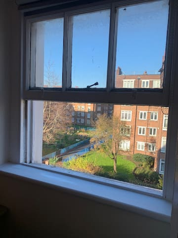 double bedroom in east london