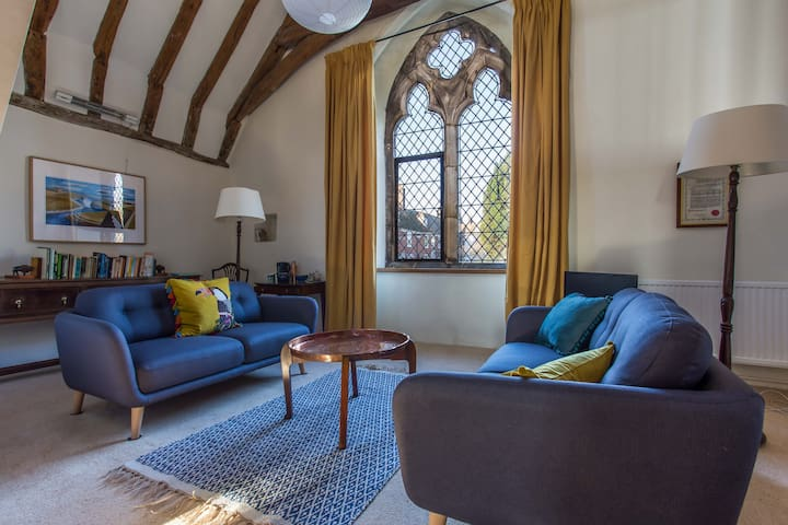 Medieval suite in Rye's oldest house, sleeps 4
