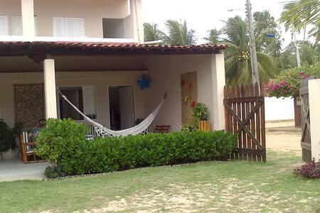 Casa de praia à beira mar - Ilha da Crôa