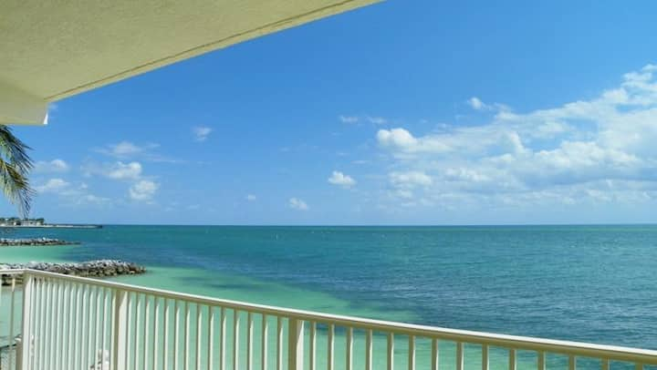 Oceanfront Panoramic View, Pool, Hot Tub, Tennis