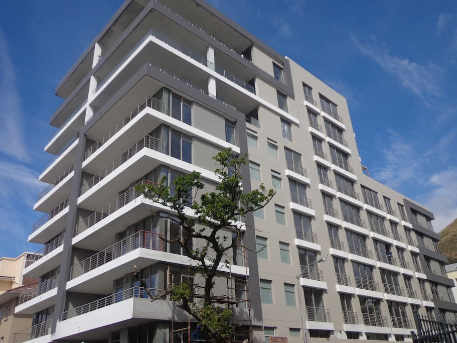 Brand new iconic masterpiece in the heart of Green Point