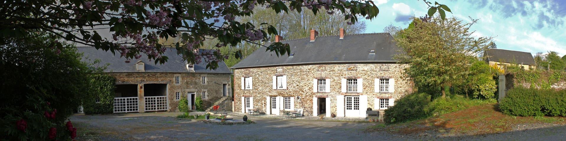 Le Moulin de la Drome - Balleroy - Hus